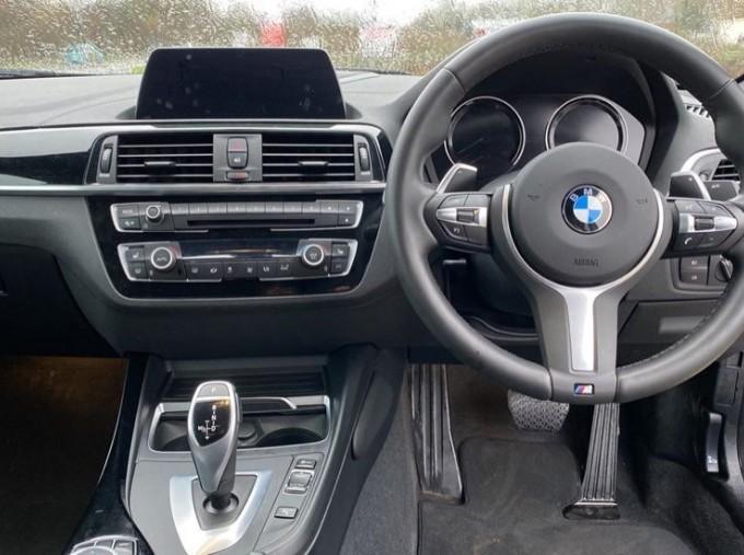 2020 BMW 220i M Sport Coupe (Blue) - Image: 4