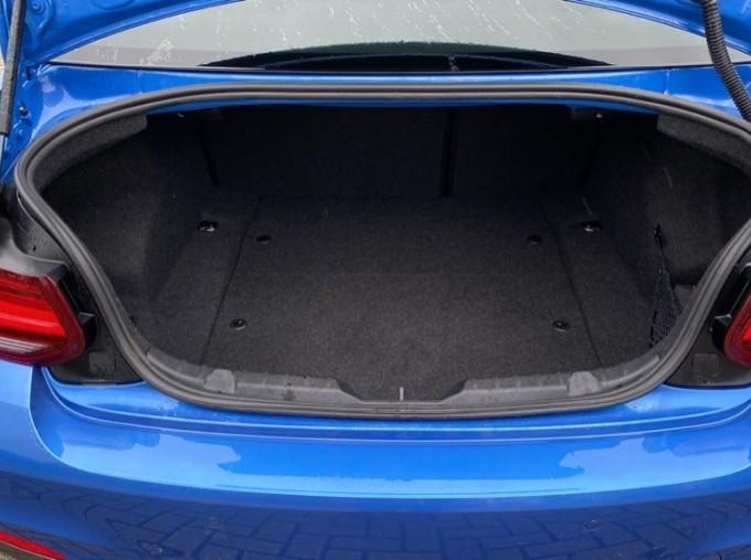 2020 BMW 220i M Sport Coupe (Blue) - Image: 13