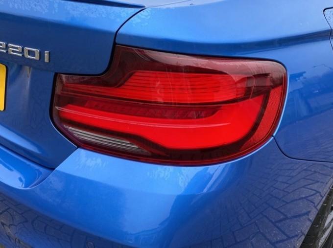 2020 BMW 220i M Sport Coupe (Blue) - Image: 21