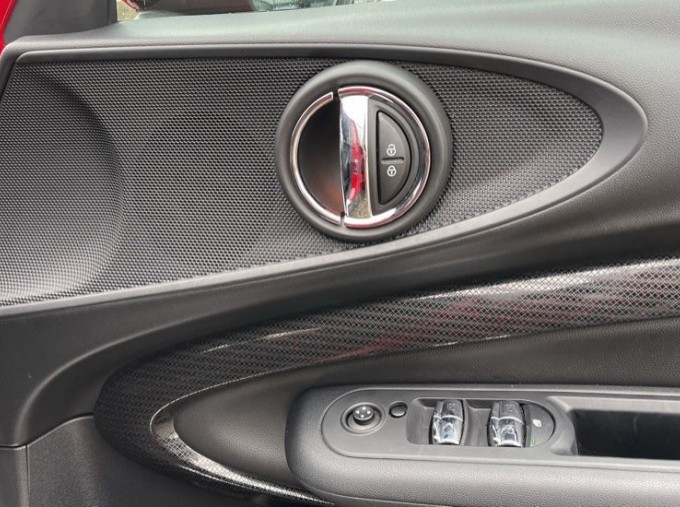 2019 MINI Cooper S Exclusive (Red) - Image: 20