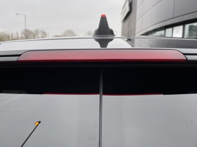 2019 MINI Cooper S Exclusive (Red) - Image: 34