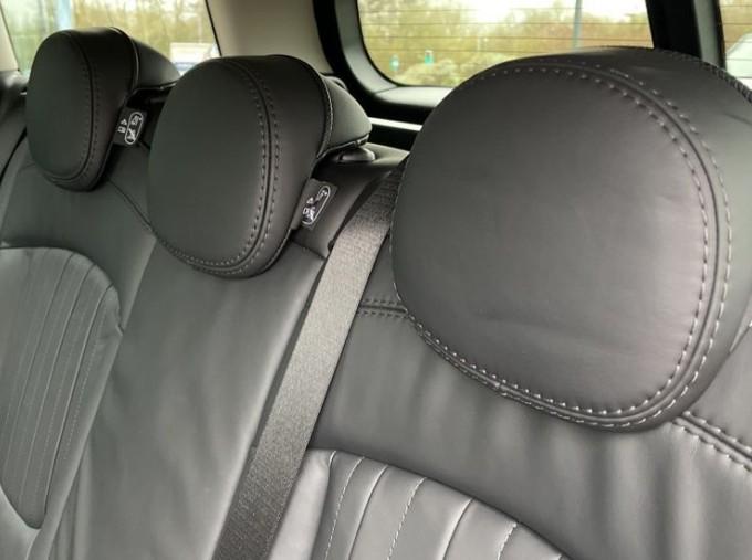 2019 MINI Cooper S Exclusive (Red) - Image: 35
