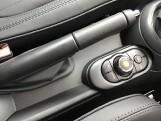 2021 MINI 5-door Cooper Exclusive (Grey) - Image: 19