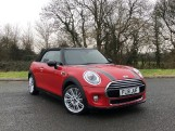 2018 MINI Cooper Convertible (Red) - Image: 24