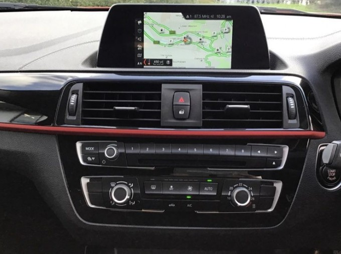 2019 BMW 118i Sport 5-door (Red) - Image: 8