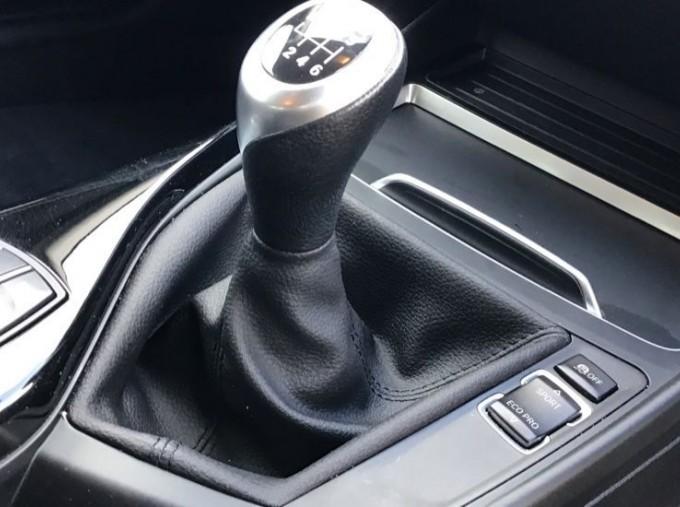 2019 BMW 118i Sport 5-door (Red) - Image: 19