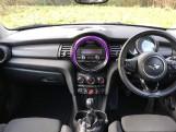 2016 MINI Cooper 3-door Hatch (White) - Image: 4