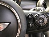 2016 MINI Cooper 3-door Hatch (White) - Image: 18