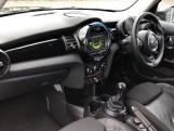 2017 MINI 5-door Cooper S (Black) - Image: 7