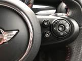 2017 MINI 5-door Cooper S (Black) - Image: 18