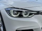 2018 BMW 320i M Sport Saloon (White) - Image: 22