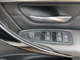 2018 BMW 320i M Sport Saloon (White) - Image: 36