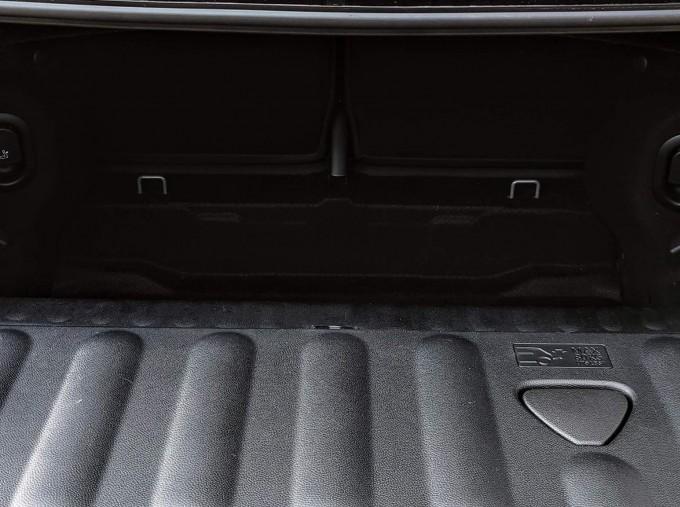2019 MINI Cooper Classic (Grey) - Image: 6