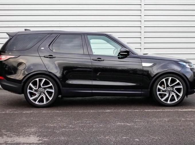 2018 Land Rover 3.0 TD6 (258hp) HSE (Black) - Image: 5
