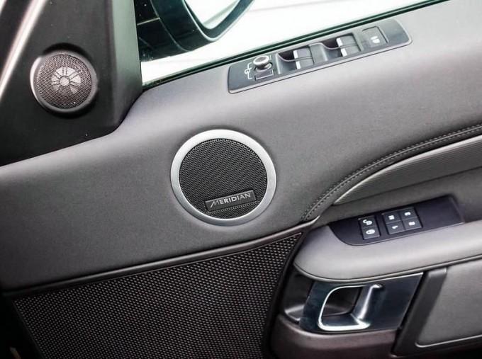 2018 Land Rover 3.0 TD6 (258hp) HSE (Black) - Image: 13