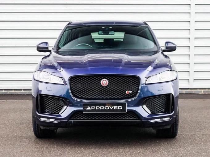 2016 Jaguar V6 S Auto 5-door (Blue) - Image: 7