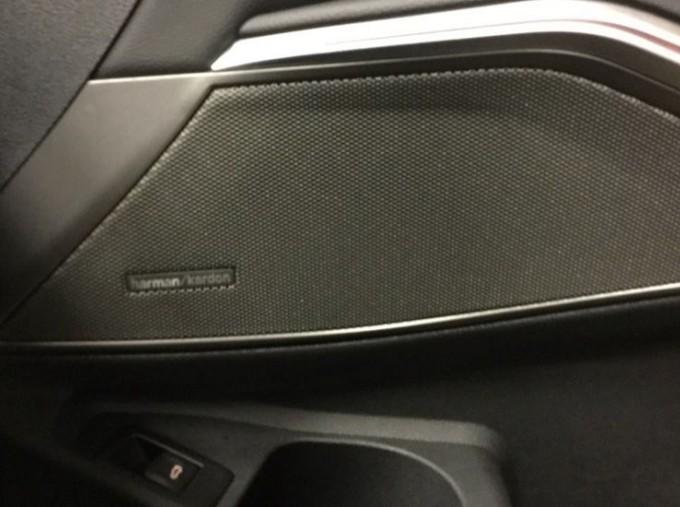 2020 BMW 320d M Sport Touring (Black) - Image: 20