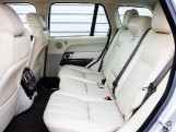 2015 Land Rover TD V6 Vogue Auto 4WD 5-door (Grey) - Image: 4
