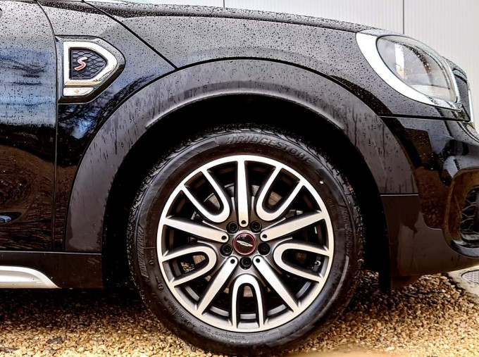 2018 MINI Cooper S Sport (Black) - Image: 4
