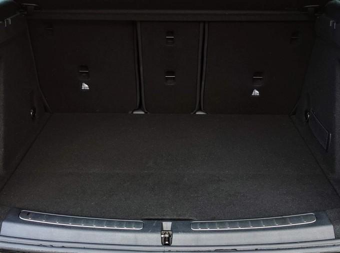 2018 MINI Cooper S Sport (Black) - Image: 5