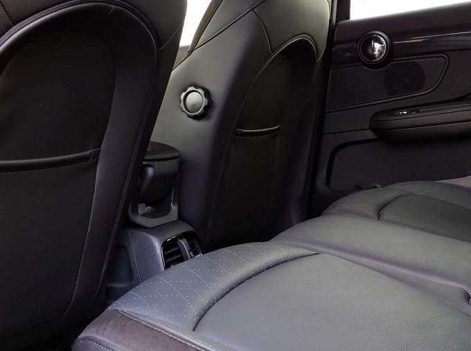 2018 MINI Cooper S Sport (Black) - Image: 14