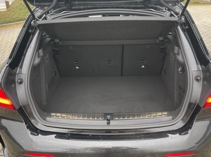 2020 BMW 120d xDrive M Sport (Black) - Image: 13