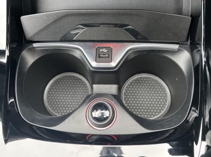 2020 BMW 120d xDrive M Sport (Black) - Image: 37