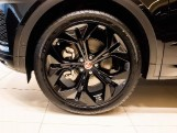 2021 Jaguar P200 MHEV R-Dynamic HSE Auto 5-door (Black) - Image: 7