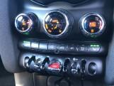 2020 MINI 5-door Cooper Sport (Silver) - Image: 23