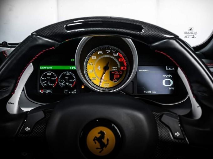 2014 Ferrari Auto Seq 3-door (Red) - Image: 18