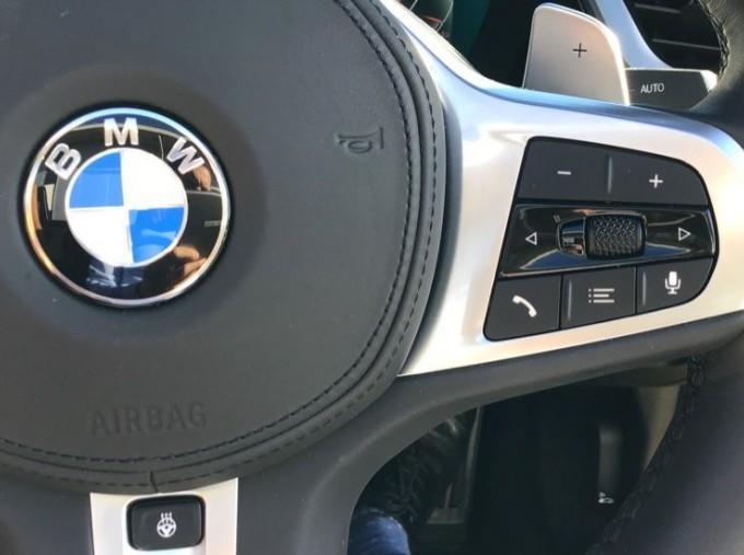 2020 BMW SDrive20i M Sport (Black) - Image: 18