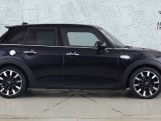 2020 MINI 5-door Cooper S Exclusive (Black) - Image: 3