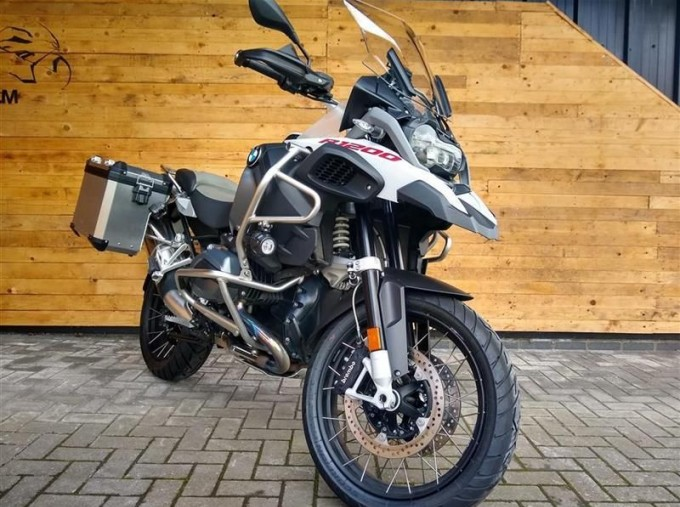 2017 BMW R1200GS Adventure Unlisted Unknown (White) - Image: 2