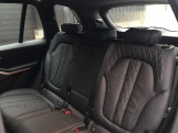 2021 BMW 40d MHT M Sport Auto xDrive 5-door (Black) - Image: 12