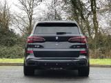 2021 BMW 40d MHT M Sport Auto xDrive 5-door (Black) - Image: 15
