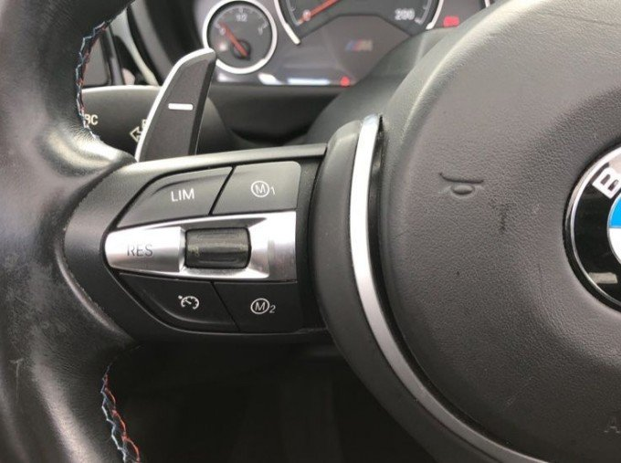2015 BMW Convertible (Black) - Image: 17