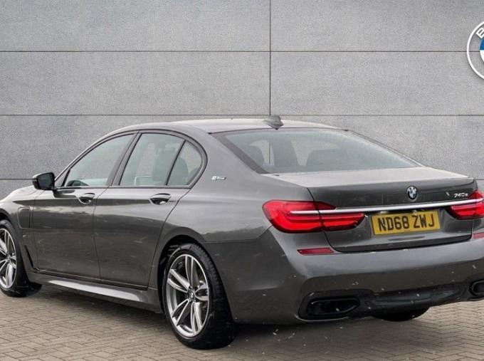 2018 BMW 740e M Sport Saloon (Grey) - Image: 2