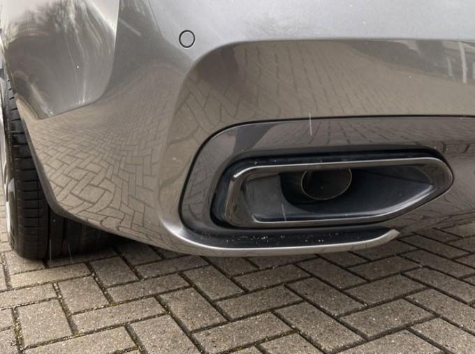 2018 BMW 740e M Sport Saloon (Grey) - Image: 25