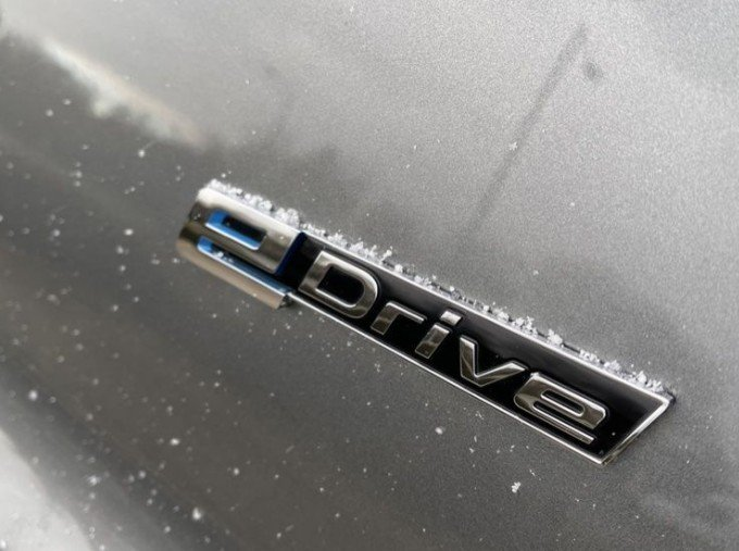 2018 BMW 740e M Sport Saloon (Grey) - Image: 26