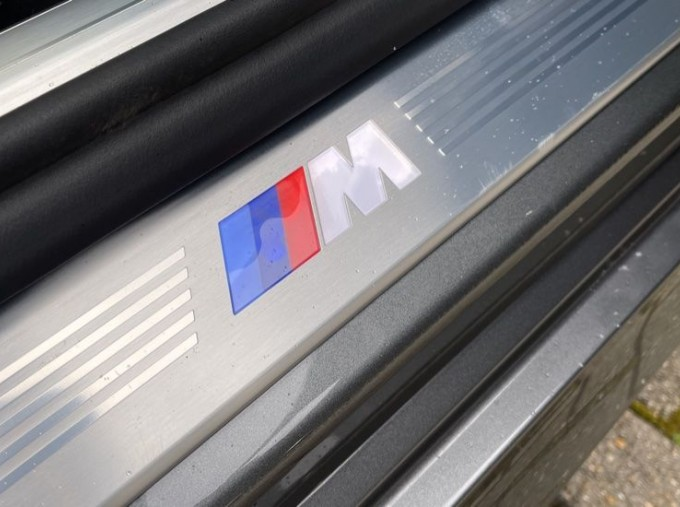 2018 BMW 740e M Sport Saloon (Grey) - Image: 36