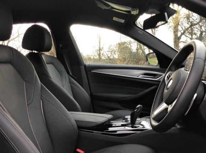 2020 BMW 520d M Sport Saloon (White) - Image: 11