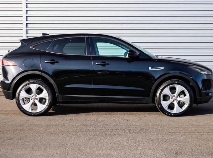 2019 Jaguar D180 HSE Auto 5-door (Black) - Image: 5