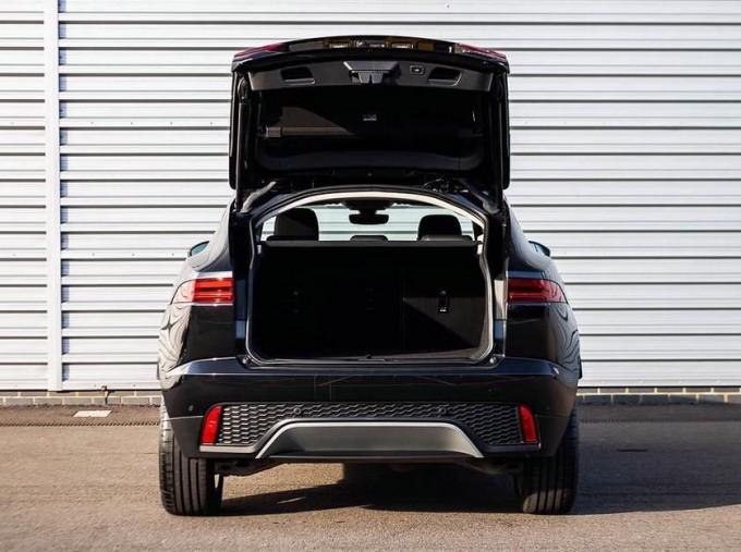 2019 Jaguar D180 HSE Auto 5-door (Black) - Image: 15