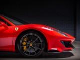 2019 Ferrari V8 F1 DCT 2-door (Red) - Image: 11