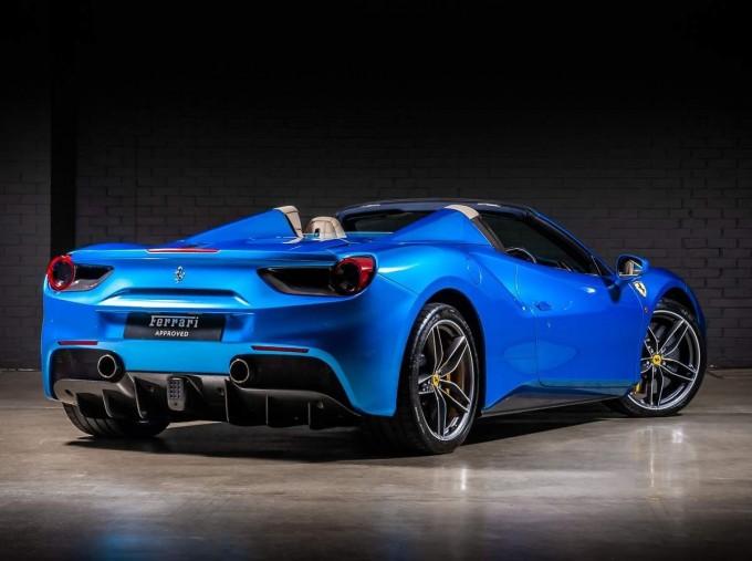 2016 Ferrari V8 Spider F1 DCT 2-door (Blue) - Image: 2