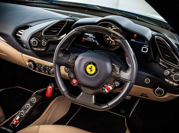 2016 Ferrari V8 Spider F1 DCT 2-door (Blue) - Image: 4