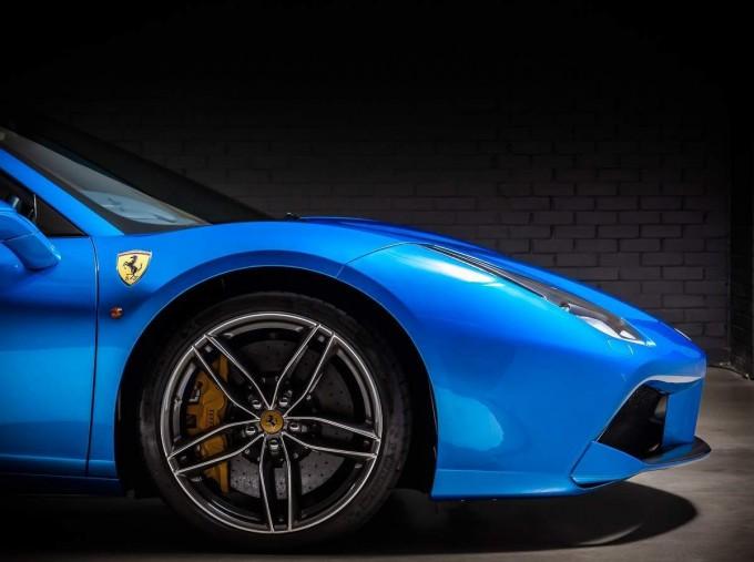 2016 Ferrari V8 Spider F1 DCT 2-door (Blue) - Image: 11