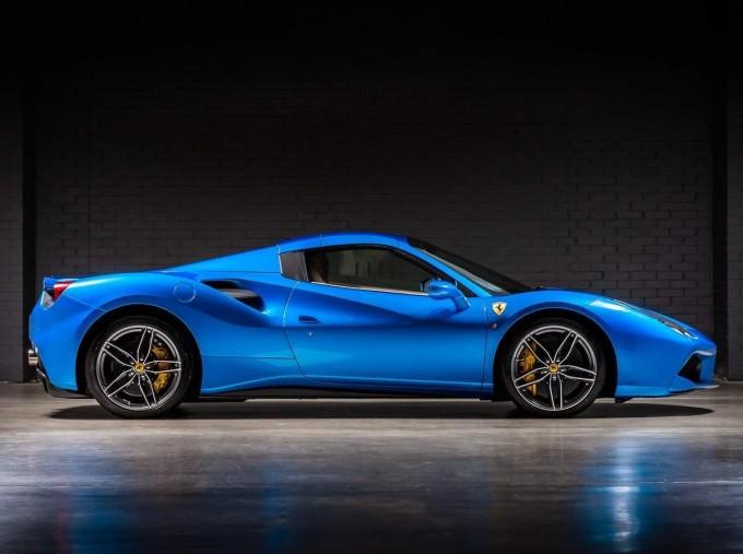 2016 Ferrari V8 Spider F1 DCT 2-door (Blue) - Image: 19