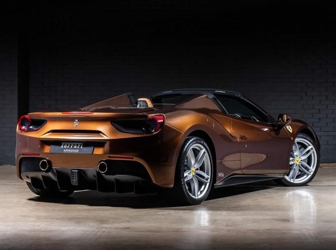 2018 Ferrari Spider 70th Anniversary (Brown) - Image: 2