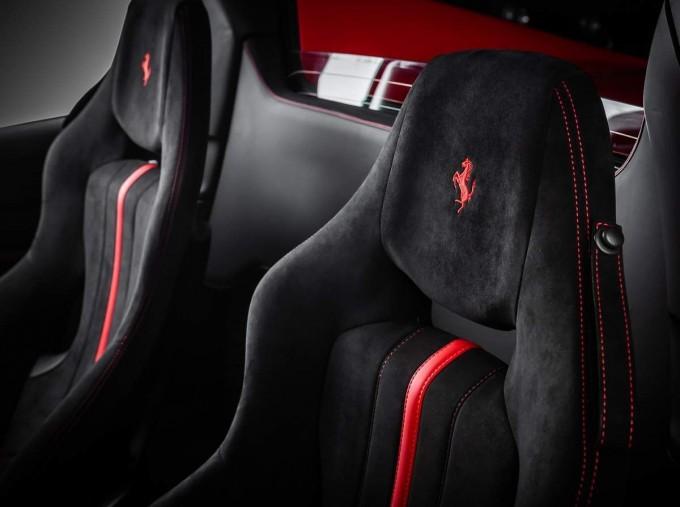 2020 Ferrari V8 Spider F1 DCT 2-door (Red) - Image: 6
